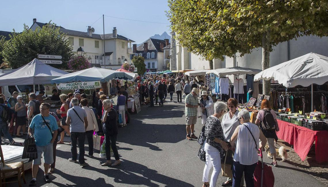 Market in Argeles Gazost Tuesday 8h - 13h