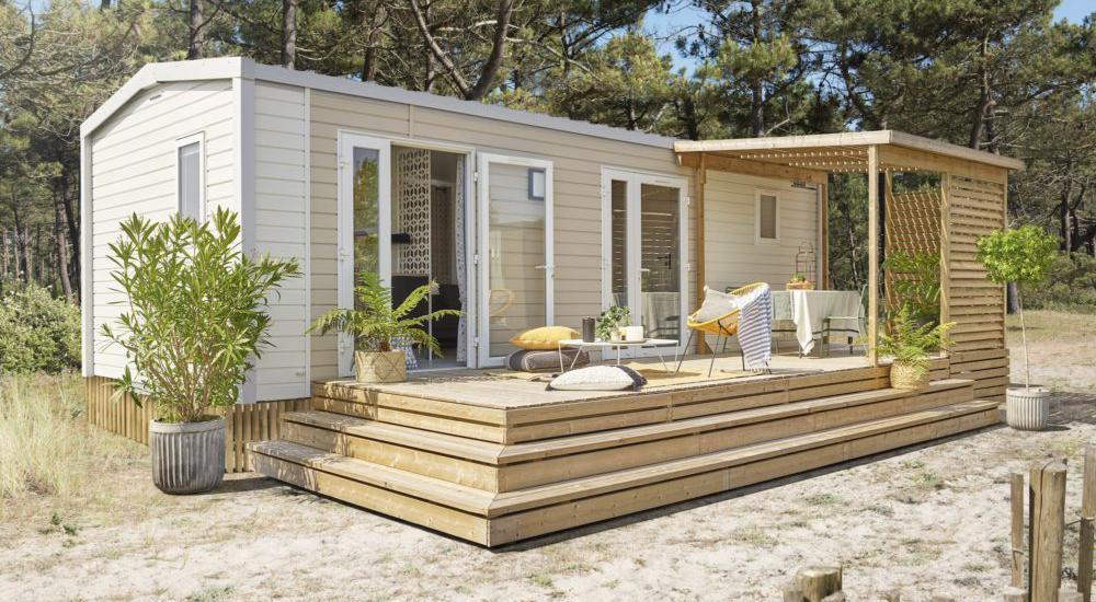 Mobil-home avec terrasse bois couverte