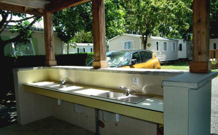 Área de lavado de platos